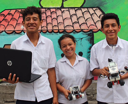 Glasswing students head to Costa Rica to compete in World Robot Olympiad